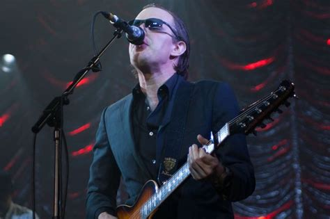 Joe Bonamassa Releases An Acoustic Evening At The Vienna