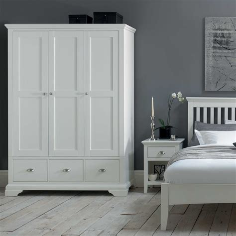 Large White Wardrobe by The White Wardrobe White Bedroom Furniture
