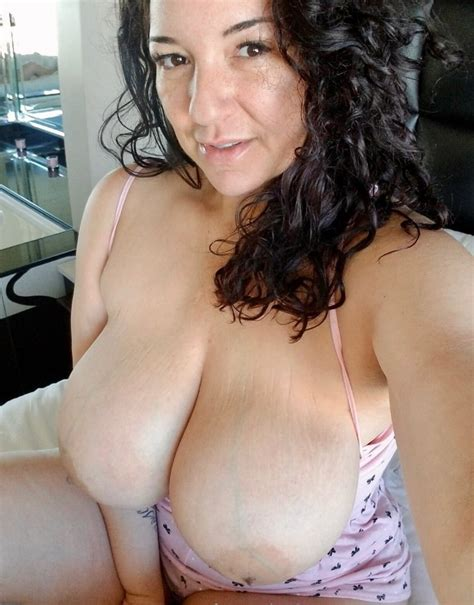 Italian Big Tits Mom Milf Thick Bitch Exposed Webslut