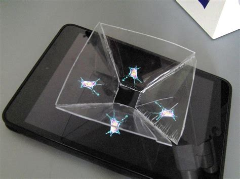 living cell   homemade  hologram projector