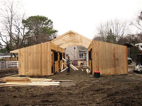How-to-build-a-horse-barn-on-a-budget.jpg (600×450