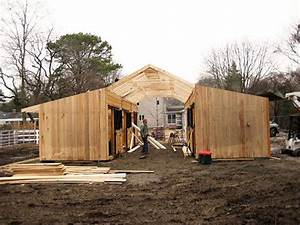 How to build a horse barn on a budgetjpg 600x450 for Building a horse barn on a budget