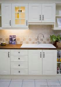 kitchen cabinet ideas for small kitchens document moved