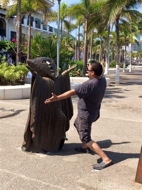 people  fun  statues   funny
