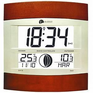 Pendule à Poser : horloge digitale radio pilot e moonlight murale ou poser ~ Teatrodelosmanantiales.com Idées de Décoration