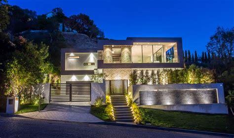 rising glen  beautiful modern home  hollywood hills