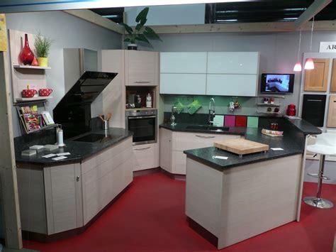 cuisine en angle cuisine moderne rangement