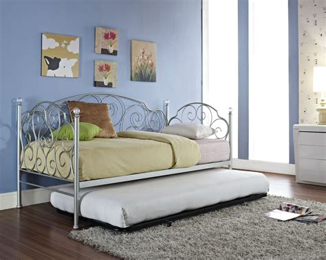 Bedroom Captivating Full Size Daybed With Trundle For