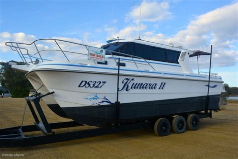 Boats For Sale Noosa by Used Noosa Cat 3500 Sportscruiser Extended Cabin For Sale
