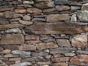 steinwand wohnzimmer material yarial steinwand naturstein wandpaneel interessante ideen für die gestaltung eines