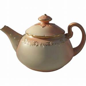Exquisite antique locke co worcester blush gold teapot