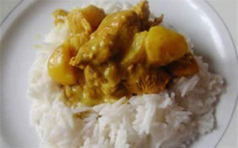 cuisiner escalope dinde recette escalope de dinde au curry pas chère et simple