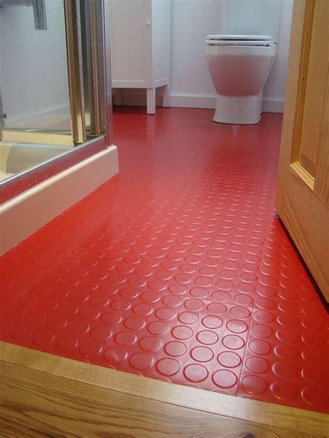 rubber flooring for kitchens and bathrooms best 20 linoleum kitchen floors ideas on 9261