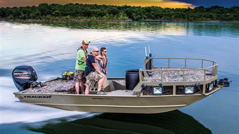 Grizzly Flat Bottom Boats For Sale by Tracker Boats 2016 Grizzly 2072 Mvx Sportsman Bowfishing