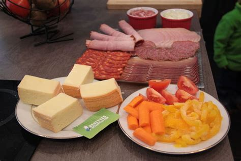6 aliments interdits aux femmes enceintes jigguen