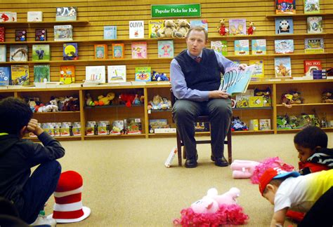 Read Across America At The Barnes & Noble Bookstore In
