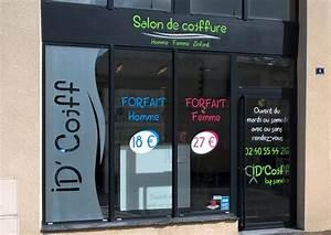 Vitrine Du Salon De Coiffure ID39 Coiffure