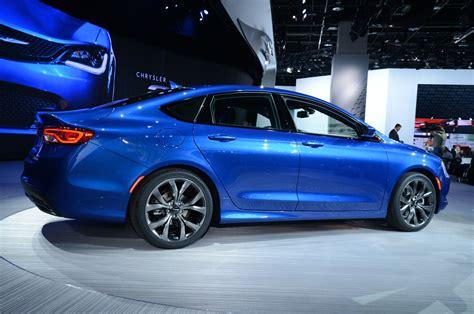 Chrysler S 200 by 2015 Chrysler 200 Look Motor Trend