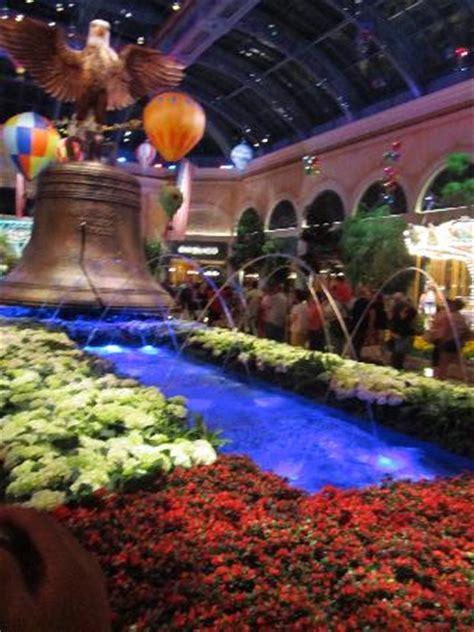 bellagio atrium flower garden picture of bellagio las