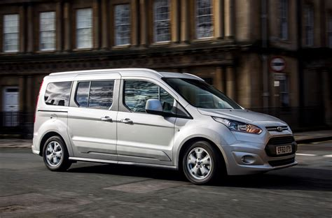 ford tourneo grand connect ford grand tourneo connect estate 2013 driving