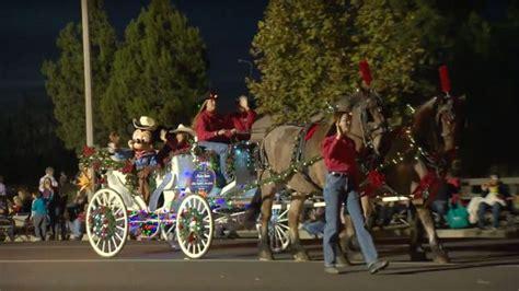 disneyland festival of lights disneyland resort horses continue norco parade of lights