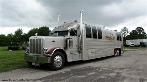 peterbilt prevost motorcoach if you want to use this ima flickr