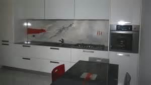 Devo per forza mettere le piastrelle in cucina colour