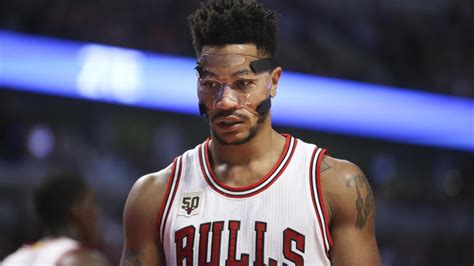 derrick rose with 18 points in season opener video
