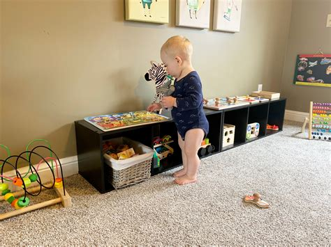 Simple Ways to Set up a Montessori Room - Thrify Fit Mom