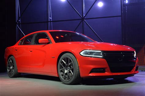 2015 Dodge Charger Shows Off Its New Look In New York [w