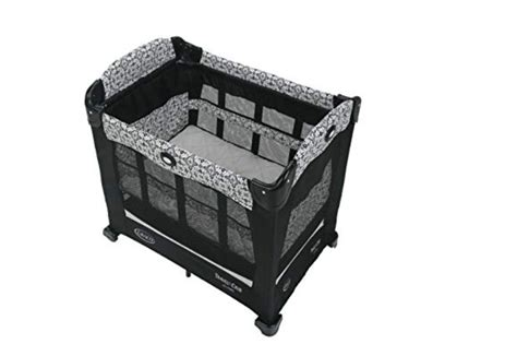 A Durable & Portable Bassinet