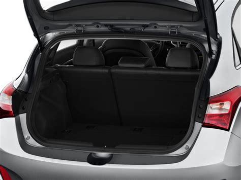 image  hyundai elantra gt dr hb auto trunk size