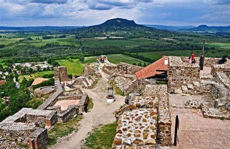 Szigligeti vár / szigliget castle (csabinnyu, июл 2017). Badacsonyi kerékpártúra Szigligethez | West-Balaton.hu