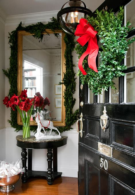Pine Cone Door Decoration by Christmas Decorating Ideas Home Bunch Interior Design