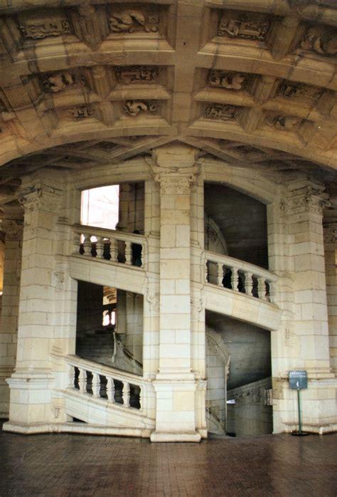 l escalier du chateau de chambord photographie de l escalier 224 r 233 volution du ch 226 teau de chambord
