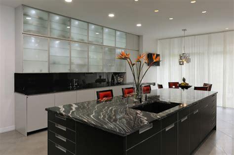 cuisine marbre noir le marbre et le design contemporain archzine fr