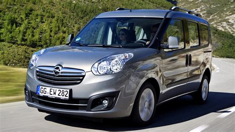 Opel Combo by 2015 Opel Combo B Tour Pictures Information And Specs