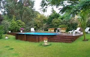 piscine en bois semi enterree piscines pinterest With attractive terrasse en bois pour piscine hors sol 7 installer une mini piscine