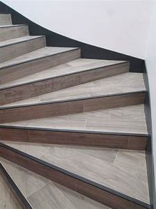 marches et contre marches en carrelage imitation parquet With parquet pour escalier