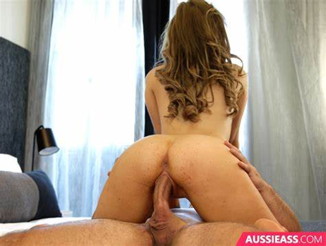 We Seduces Never Receives Tired Of Updating 242 Penetration Her Most Friends For Aussie Vagina