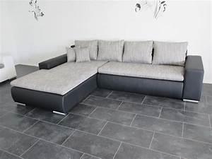 Sofa Hussen Nach Maß : gnstige couch trendy graues xxl sofa mit vielen kissen with gnstige couch amazing gunstige ~ Bigdaddyawards.com Haus und Dekorationen