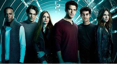 Wolf Teen Actores Reparto Personajes