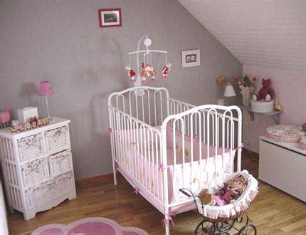 chambre bébé violet déco chambre bébé gris et violet