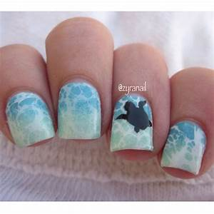 Sea turtle nail art | Nails | Pinterest | Nail art ...