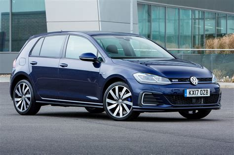 volkswagen golf why you can 39 t order a vw golf gte hybrid right now by car