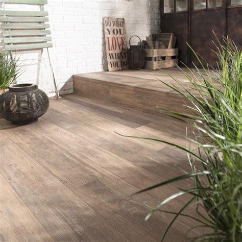 carrelage aspect bois carrelage sol beige effet bois way l 15 x l 90 cm leroy merlin