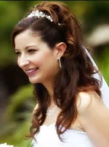 easy bridesmaid hair 30 beautiful and trendy bridal hairstyles