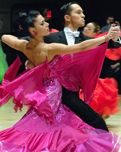 Guide to Argentine Tango for Ballroom Dancers • TangoForge