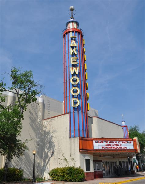 .band (dallas' oldest community band) is a group of musicians that enjoy playing traditional concert band compositions, medleys from broadway musicals, movie themes, love songs, popular music. Dallas & Fort Worth Movie Theatres | RoadsideArchitecture.com