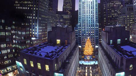 rockefeller center christmas tree wallpaper tree at rockefeller center new york city new york wallpaper by t1000